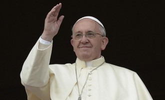 Pope 'welcomes' abortion offenders ahead of 'mercy year'