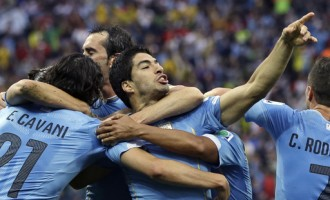 Half-fit Suarez pushes England closer to World Cup exit