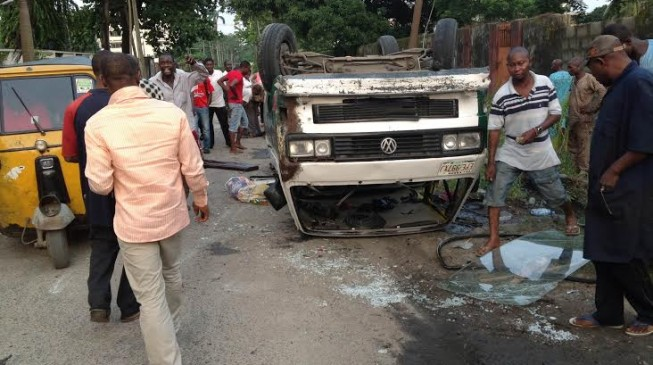 Many injured in Lagos car crash