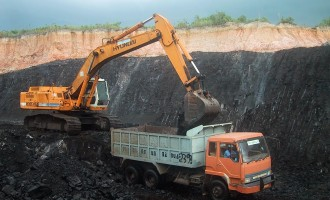 Environmental degradation: FG orders 313 mining companies to 'stop work'
