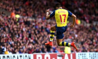 BPL: Gifts for Gunners, Hammer blow for City