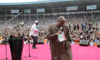 Presidency threatens Amaechi with legal action