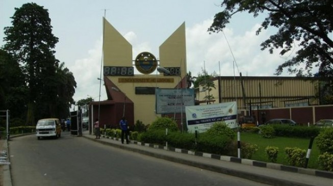 UNILAG students riot over water scarcity, blackout