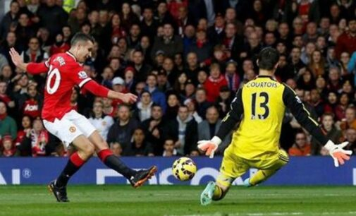 BPL REVIEW: Blues denied by last-gasp Van Persie goal