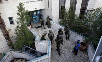 Netanyahu promises 'harsh response' to synagogue attack