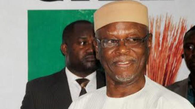 APC chairman, Oyegun, 'robbed in his house'