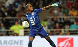 Enyeama named among Ligue 1 team of the week
