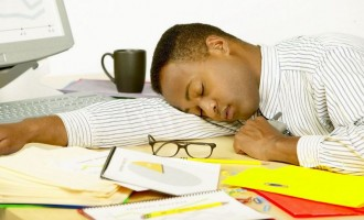 One-hour sleep at the office good for your health