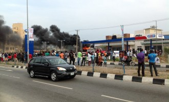 Fire gulps ASCON filling station, Lekki