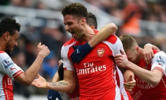 Giroud bags brace for Arsenal gunning for second-spot