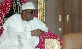 Igbo leaders 'will meet' to discuss Akiolu's threat