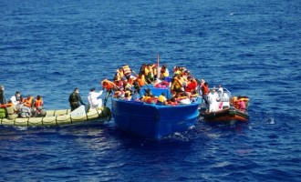 Another boat 'currently sinking' in the Mediterranean