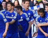 Chelsea head for title after win against United