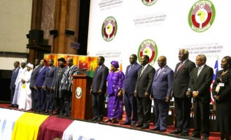 Togo, Gambia oppose term limit for W'African presidents