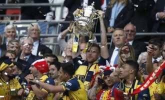 Gunners blow Villa away in FA Cup final