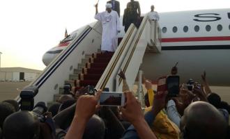 Al-Bashir arrives Sudan after surviving arrest attempt in S'Africa
