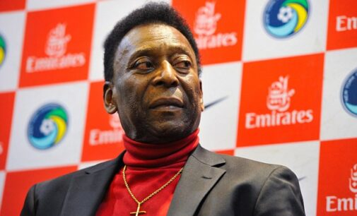 Pele back in hospital two months after surgery