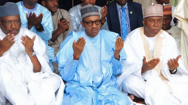 Buhari 'escapes' mob at praying ground