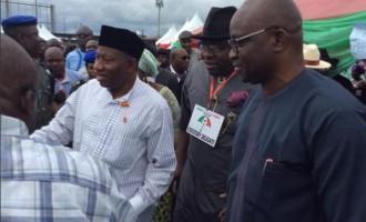 Fayose, Jonathan meet in Bayelsa
