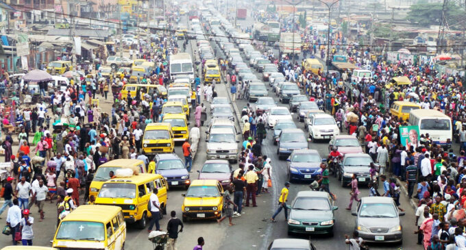 Lagos population 'rises by 85 people per hour'