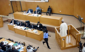 CCT suspends Saraki's trial in compliance with S'Court order