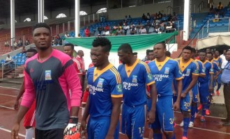 Wolves close gap on leaders Enyimba