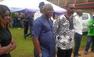 Pinnick condoles with Enyeama as mum is buried