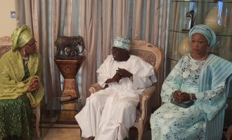 Buhari's wife visits Tinubu at Bourdillon
