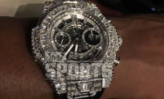 Mayweather lavishes N275m on diamond watch
