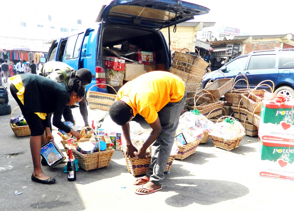 PIC. 13. PREPARATION OF CHRISTMAS HAMPERS AT WUSE MARKET IN ABUJA