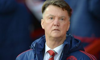 Van Gaal awaiting sack after Mourinho agrees 5-year United deal