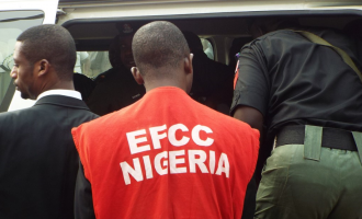'Hoodlums' shoot EFCC investigator in Port Harcourt
