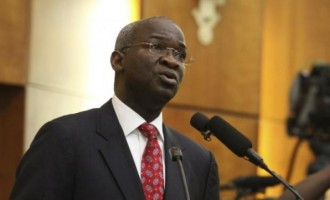 Fashola on alternative airport: It's easier to connect Kaduna from Abuja by road