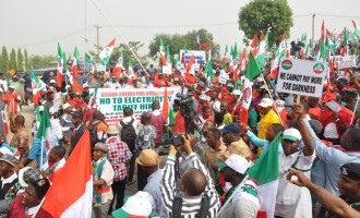 Labour unions prepare for 'indefinite strike', to shut down banks, airports, markets