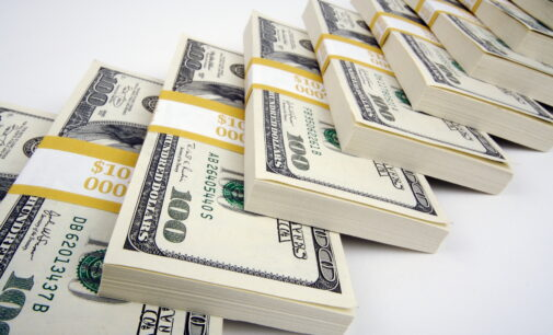 CBN pumps $100m into FX market as reserves rise again