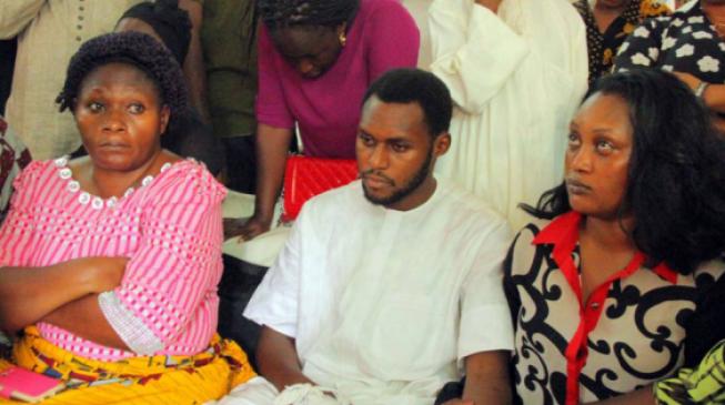 FG offers scholarship to Ocholi's children
