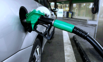 Subsidy out, petrol now N125 as FG says price will 'reflect current realities'