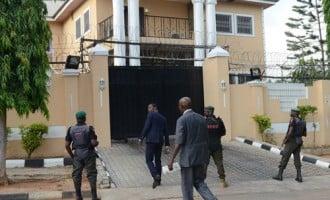 Again, EFCC raids Fani-Kayode's residence