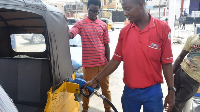 Reps urge FG to reduce pump price of petrol to N70/litre