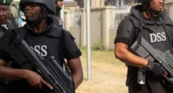 Man arrested over former SIM card of Buhari's daughter gives DSS 24 hours to pay N10m