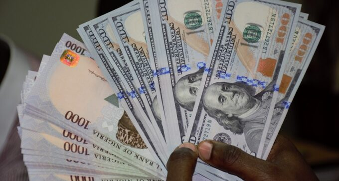 Naira strengthens against dollar ahead of CBN FX sales to BDCs