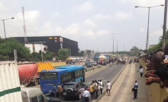 Hawker's death sparks violent protest in Lagos, 14 BRT buses destroyed