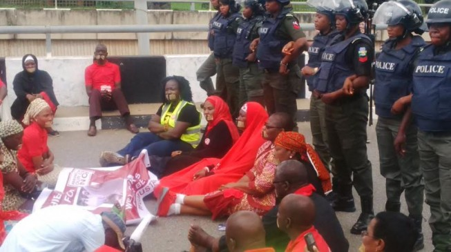 Government contradicting itself on Chibok girls' rescue, says BBOG