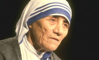 Pope declares Mother Teresa Saint