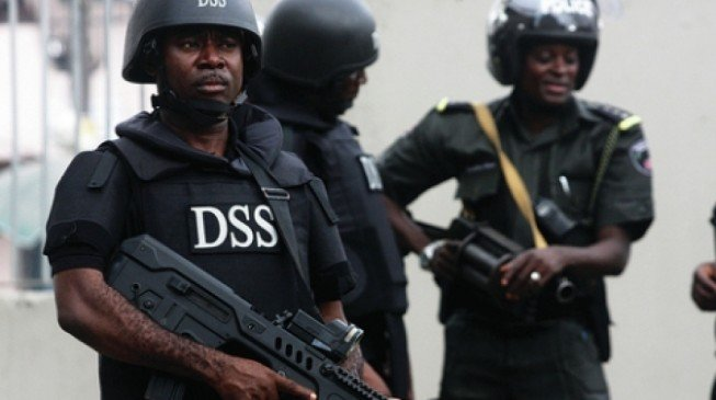 DSS detains Ezimakor, Abuja bureau chief of Daily Independent