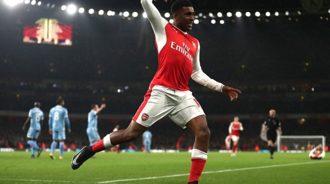 Iwobi, Giroud push Arsenal to 3rd on EPL table