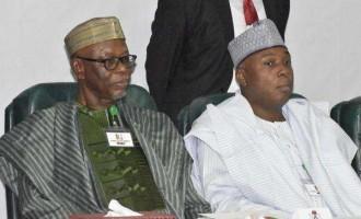 Oyegun meets Saraki, APC senate caucus 'to strategise on 2019'