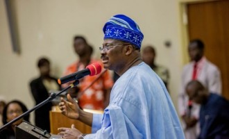VIDEO: Ajimobi releases own version of encounter with students
