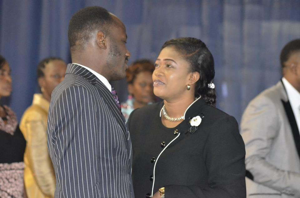 ApostleSuleman and Wife2