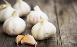Garlic, ginseng, turmeric… herbal remedies for cancer 'do more harm than good'